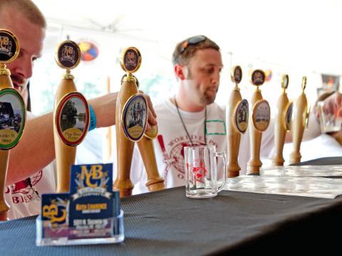 Goûtez les différentes bières pression lors de ce mondial de la bière
