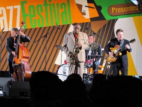 Une scène enflammée au Monterey Jazz Festival