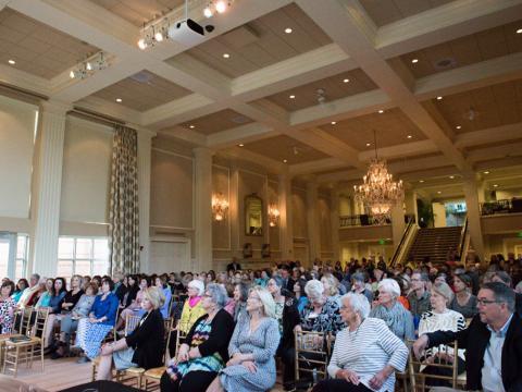 Festival littéraire organisé dans la demeure du gouverneur de l'Arkansas