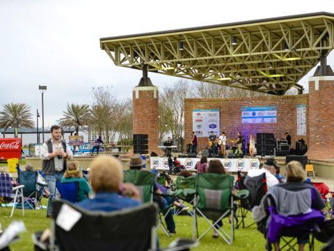 Concert au bord de l'eau pendant l'événement Live at the Lakefront de LakeCharles