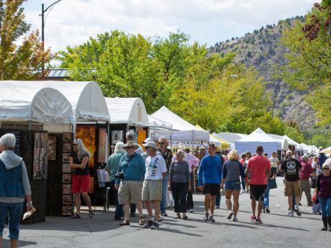 L'Autumn Arts Festival de Durango et ses marchands d'art
