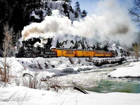 Excursion à flanc de montagne à bord du train historique de Durango & Silverton Narrow Gauge Railroad