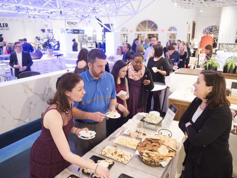 Dégustation d'une multitude de saveurs lors de l'événement In Celebration of Chocolate à Kohler