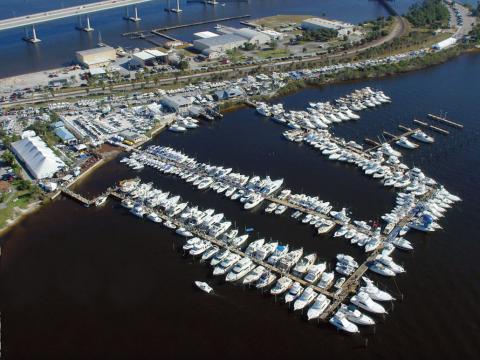 Vue aérienne du Stuart Boat Show en Floride