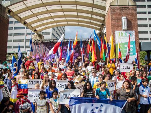La culture hispanique à l'honneur lors du HoLa Festival à Knoxville, Tennessee